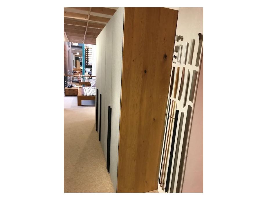 jutzler kleiderschrank 5 t rig solovivo. Black Bedroom Furniture Sets. Home Design Ideas
