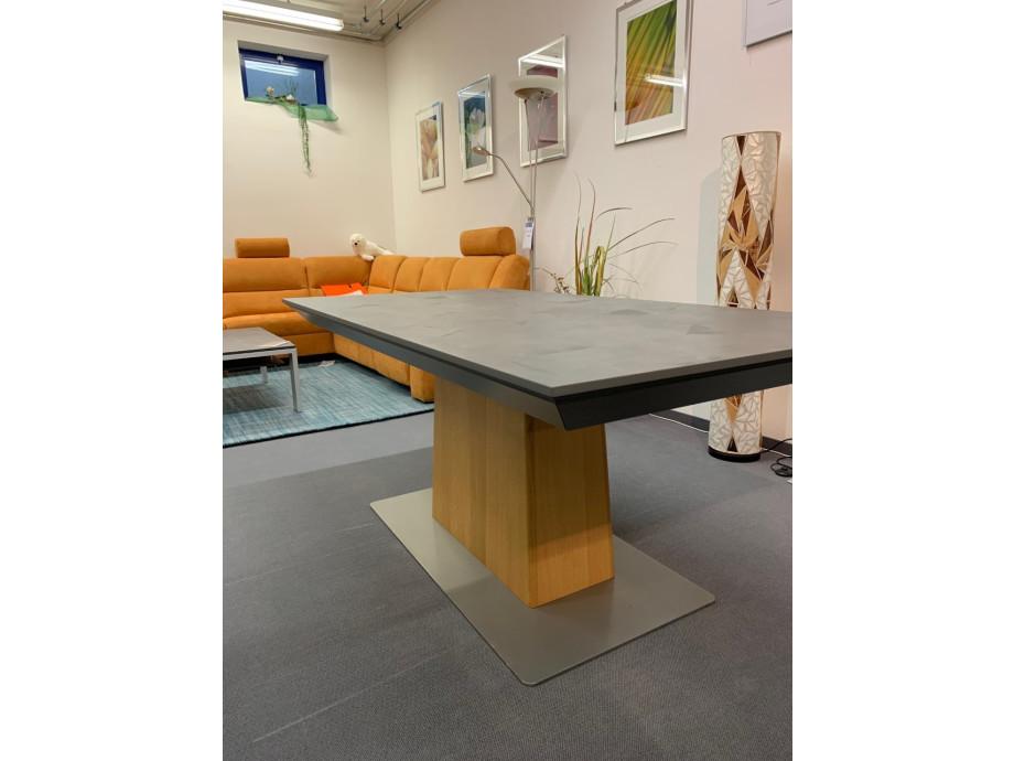 Tisch Modell Diegaro von Willisau 180 x 95 cm mit Verlängerung, Blatt in Stucco 03