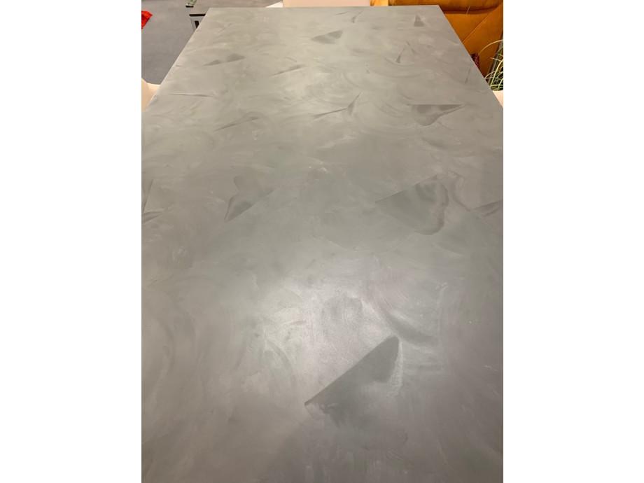 Tisch Modell Diegaro von Willisau 180 x 95 cm mit Verlängerung, Blatt in Stucco 04