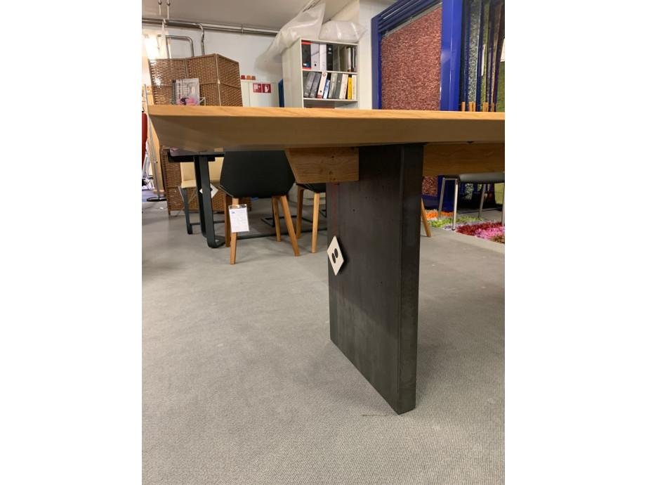 Tisch Asteiche Modell Henry von Girsberger 100 x 200 cm 04