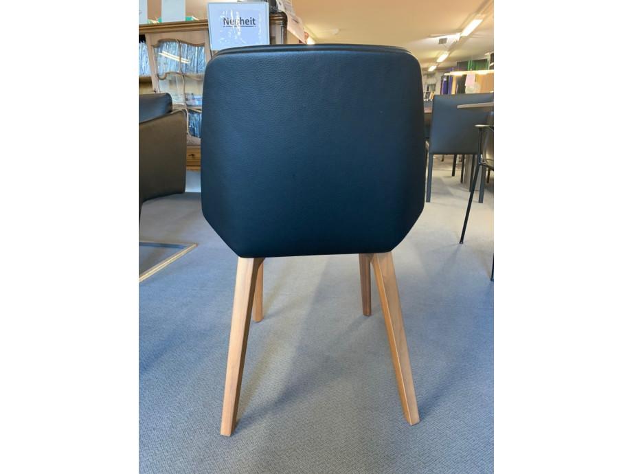 4-Bein Stuhl Modell Pala von Girsberger in Leder schwarz 01