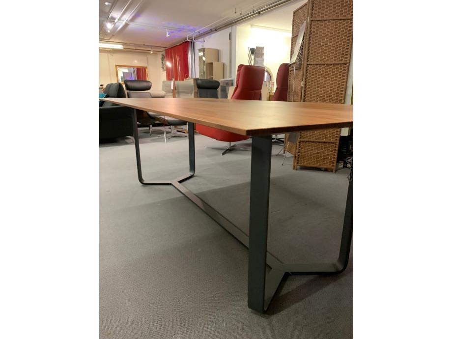 Tisch massiv Modell Yoho von Girsberger 100 x 220 cm 03