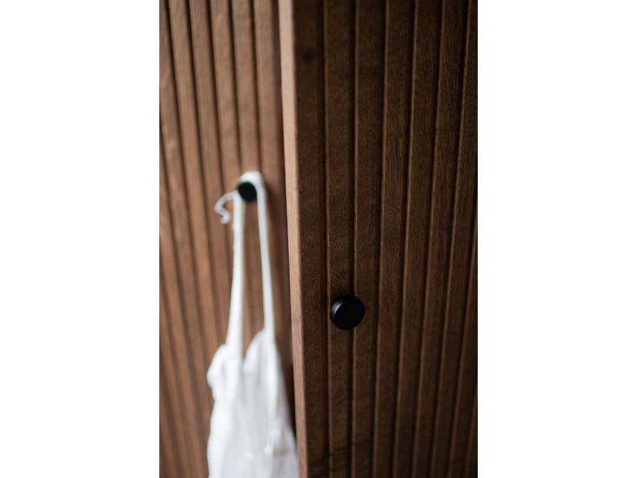 Schrank DIS 168 - gerillte Türen 05