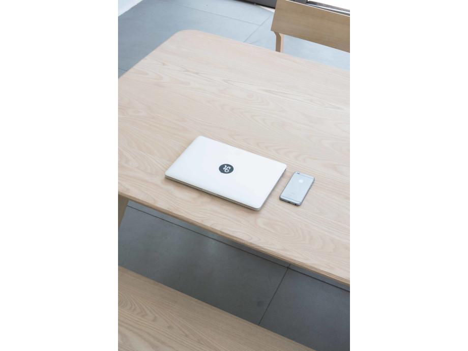 Objekte unserer Tage Tisch Large 06