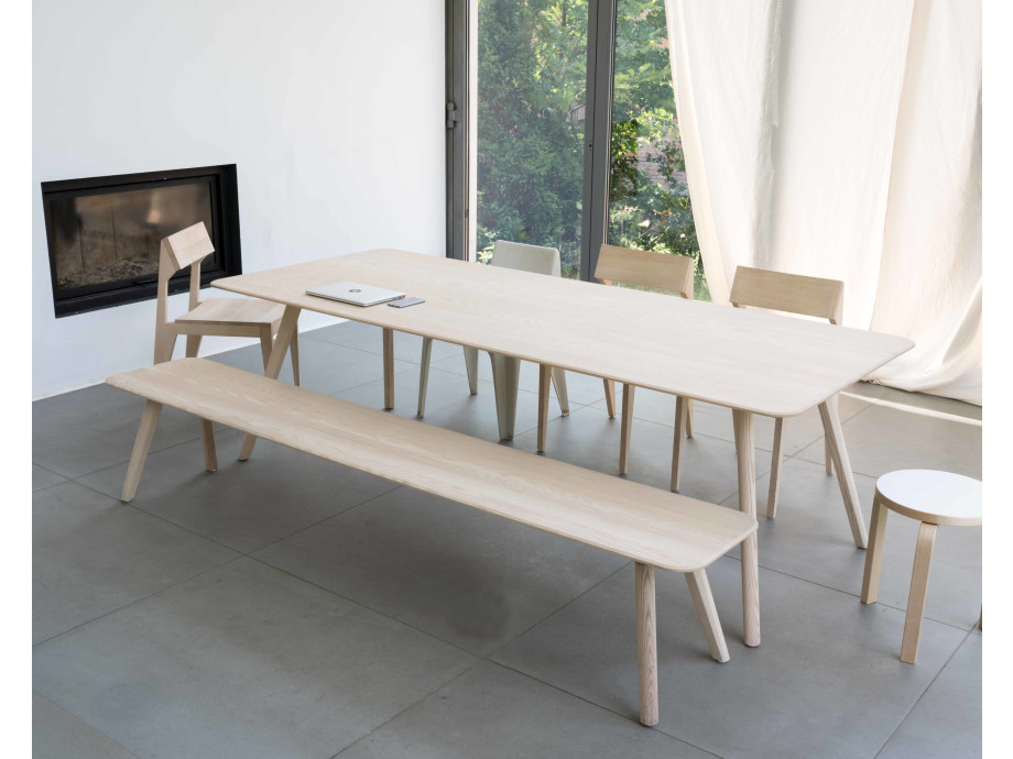 Objekte unserer Tage Tisch Large 03