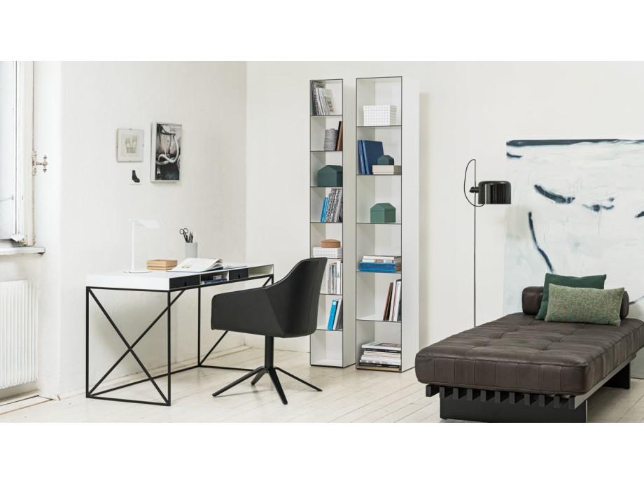 WOGG 54 – Schreibtisch – 2012 02