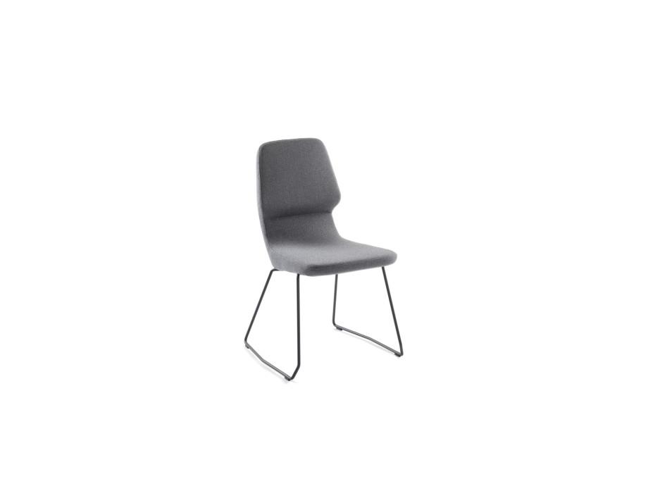 Stuhl oblique 02