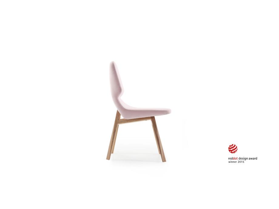 Stuhl oblique 01