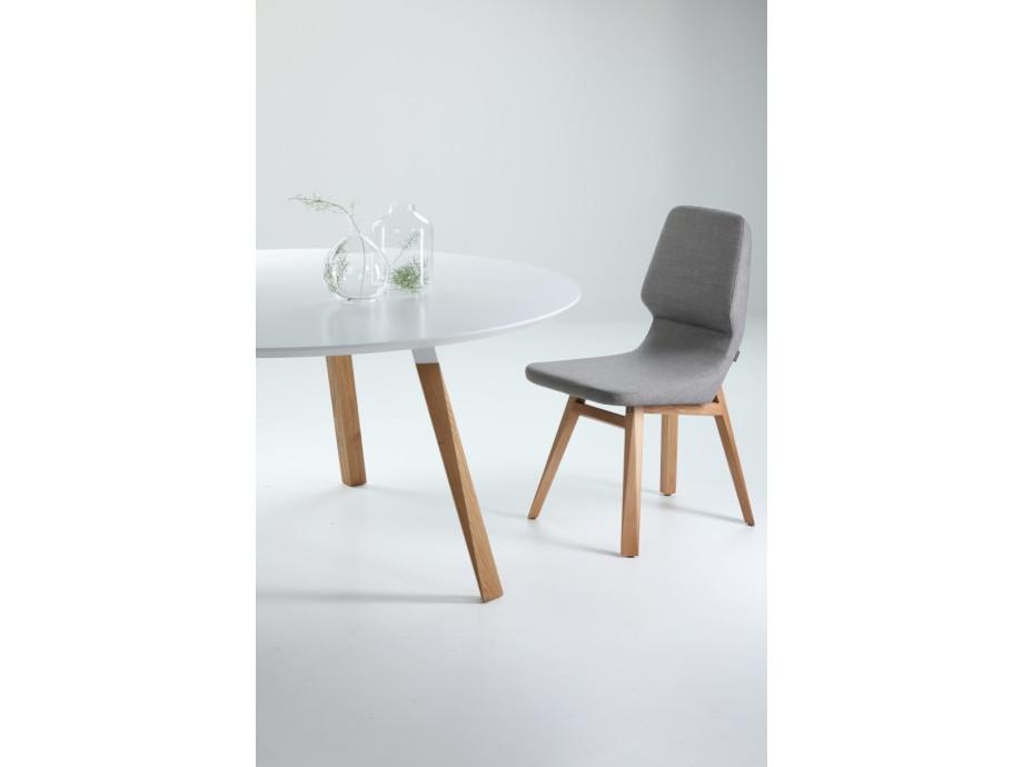 Tisch oblique prostoria 05