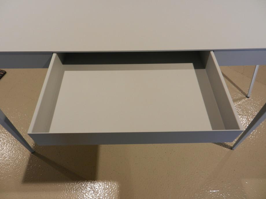 Schreibtisch BGS von Atelier Francais 04