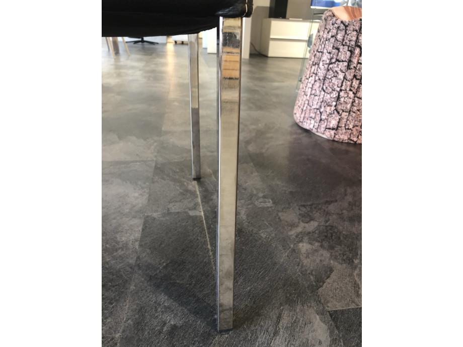 1543512571-essen-stuhl-ohne-armlehnen_2.jpg