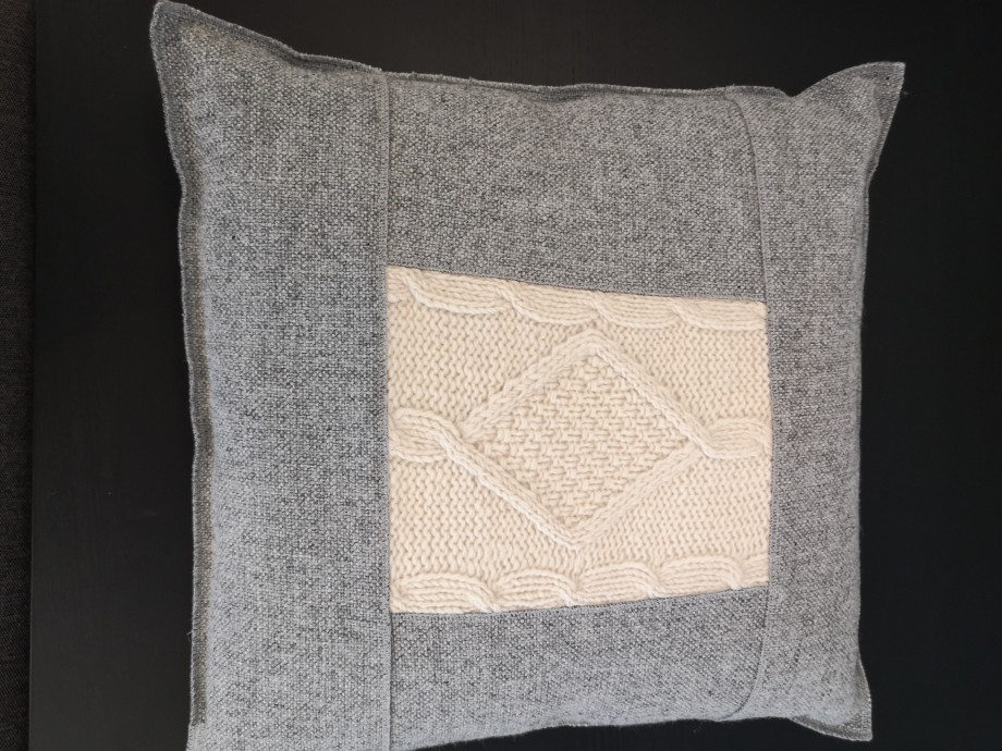 Design-Kissen hergestellt in der Schweiz - Kopieren - Kopieren 02