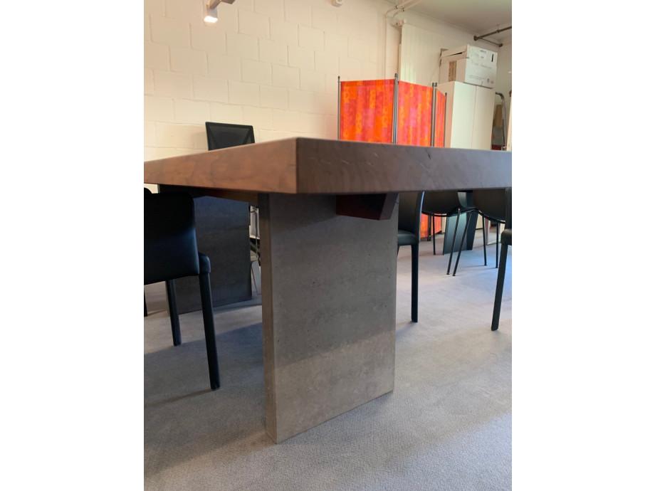Tisch Europ. Nussbaum massiv Modell Henry von Girsberger 100 x 240 cm 02