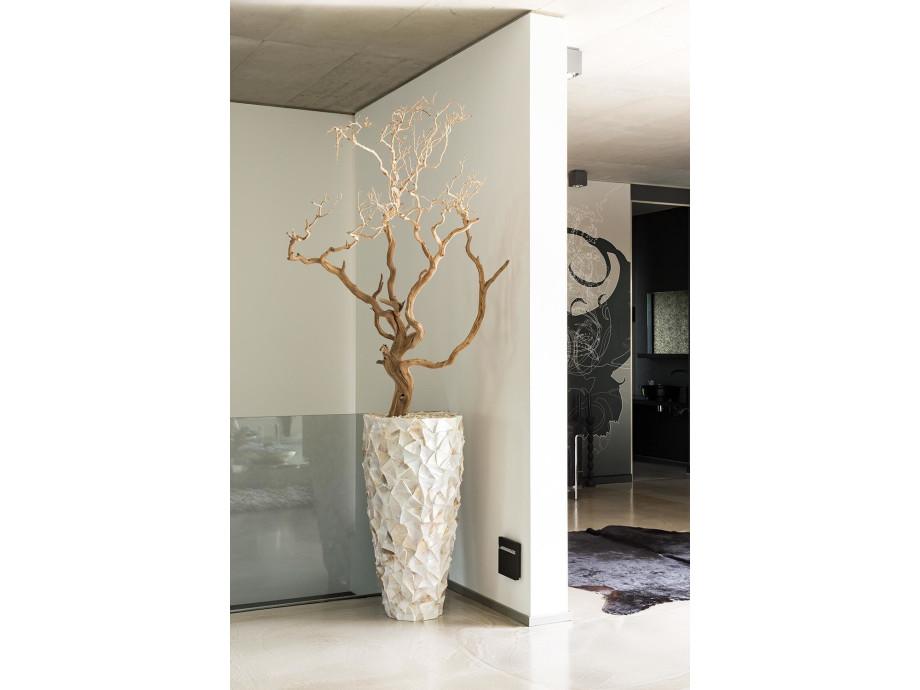1542822847-wohnzimmer-vase-mit-dekoholz-perla.jpg