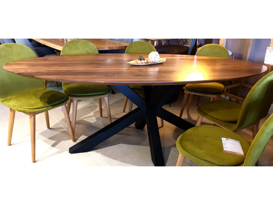 The WOW oval Walnut Table 09