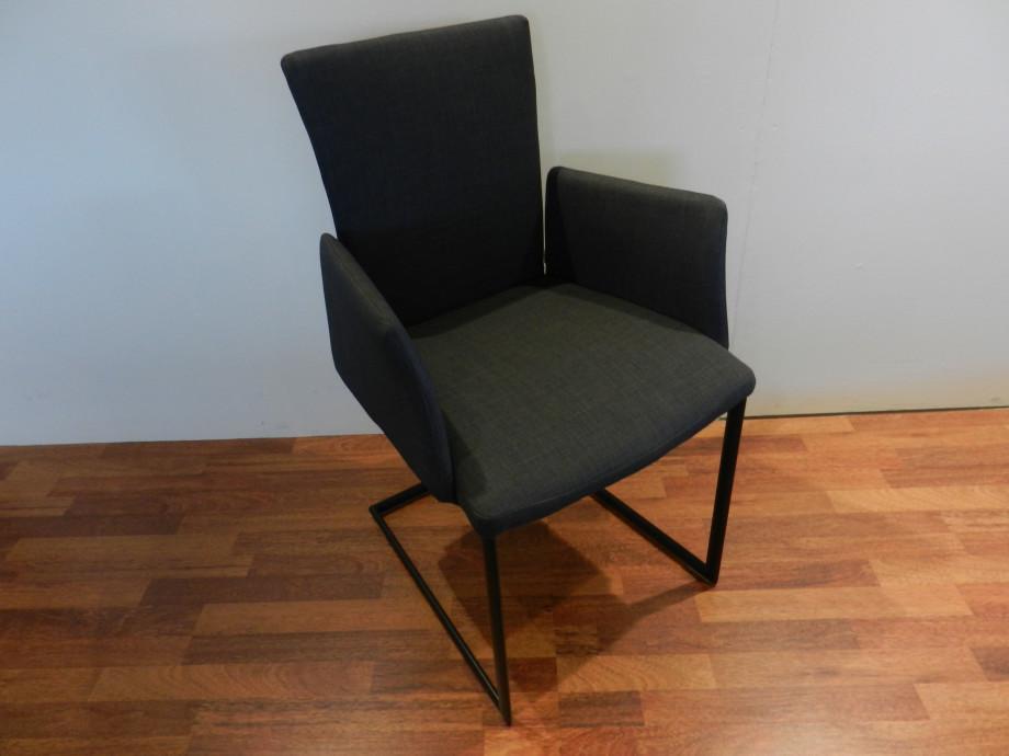 4 Stühle Mirsa von Roland Schmitt 01