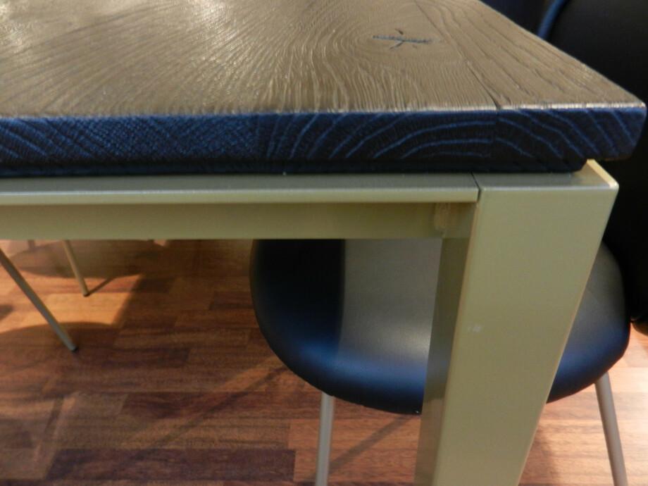 Tischgruppe mit 6 Stühlen von Janua und Freifrau / Ona mit Esstisch S600 06