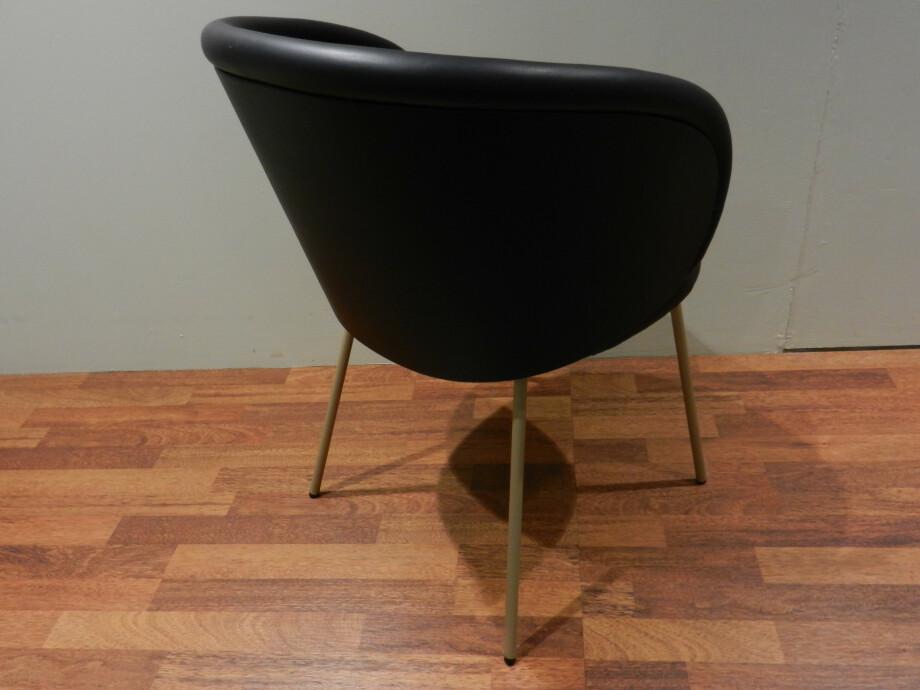 Tischgruppe mit 6 Stühlen von Janua und Freifrau / Ona mit Esstisch S600 13