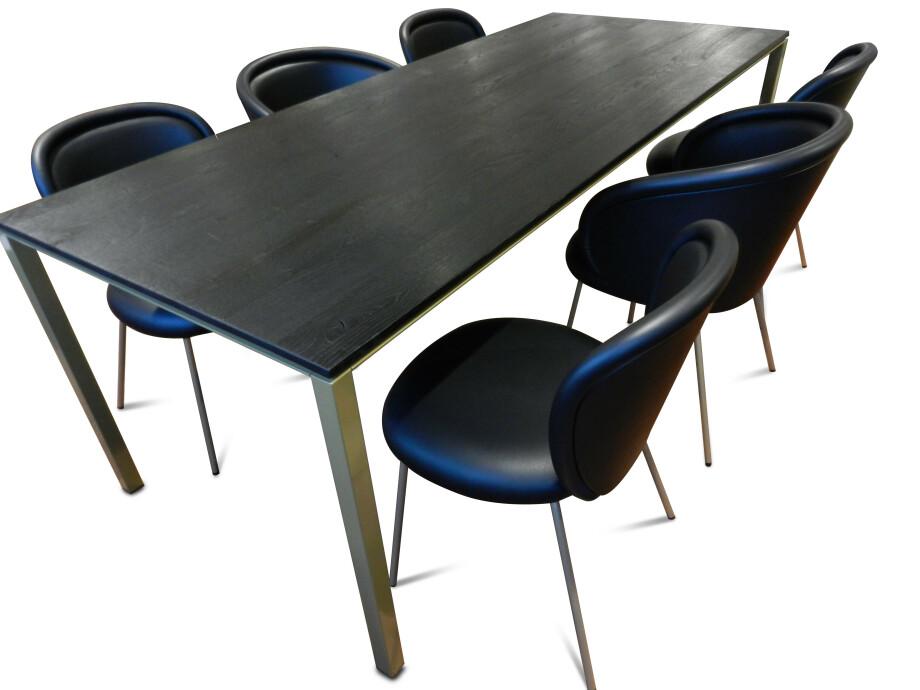Tischgruppe mit 6 Stühlen von Janua und Freifrau / Ona mit Esstisch S600 16