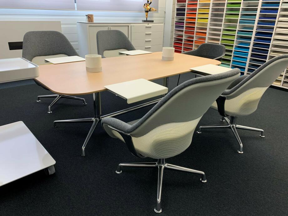Table et siège de Coalesse 01
