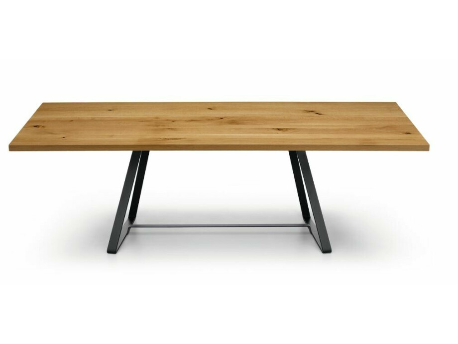Table Alfred 04