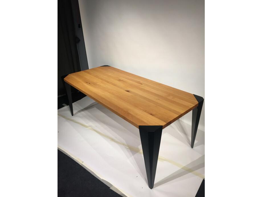 Tisch in Massivholz Sumpfeiche 200 x 90 cm Lüönd 04