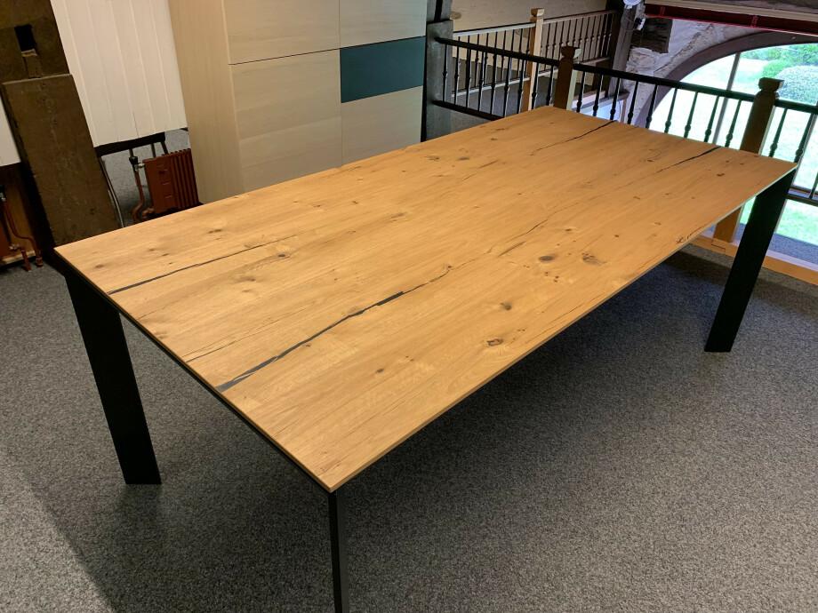 Table Brooklyn de Karel Mintjens 01