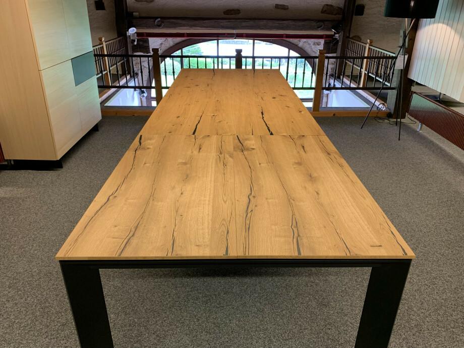 Table Brooklyn de Karel Mintjens 08