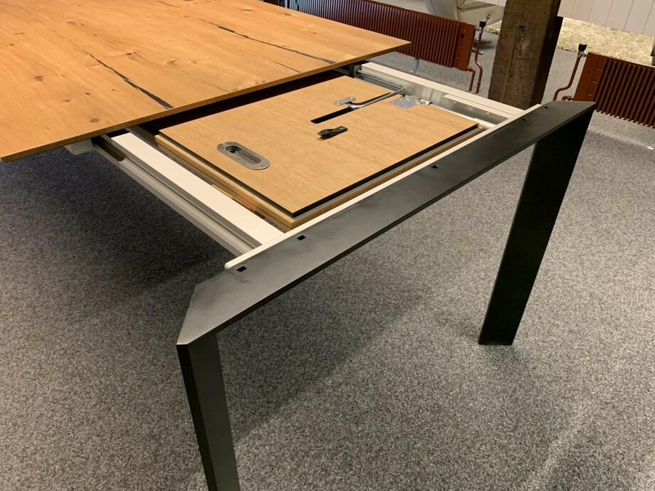 Table Brooklyn de Karel Mintjens 09