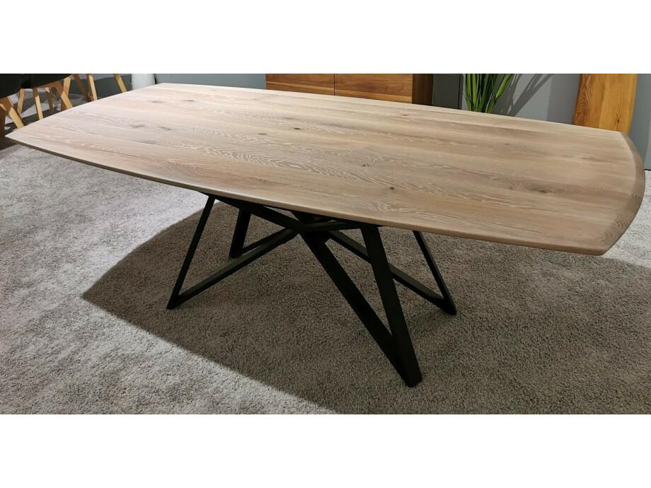 Massivholztisch Style Ast-Eiche bianco 220 x 108 cm Lüönd 02