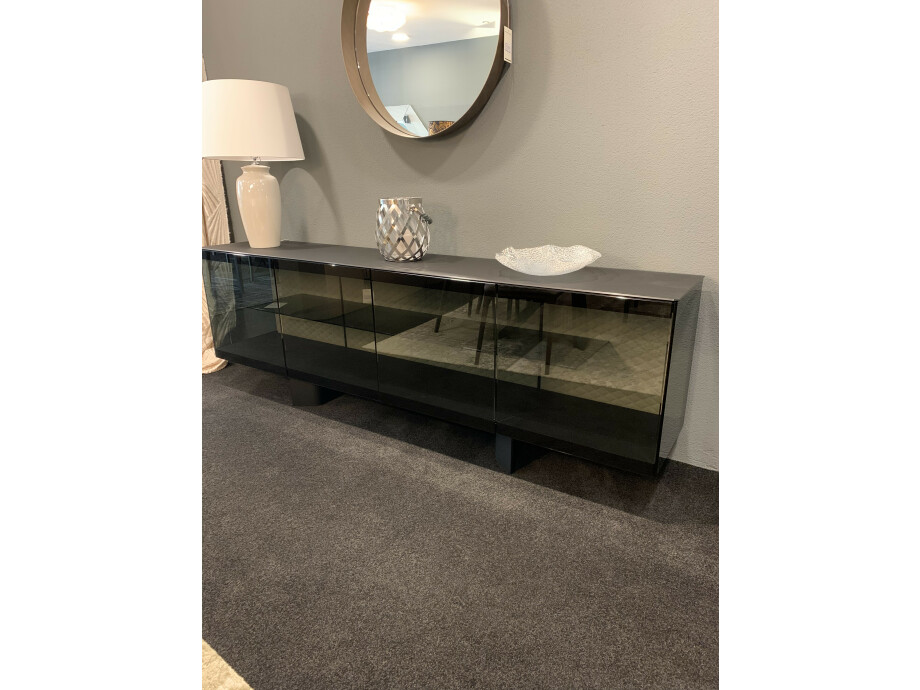 Sideboard BOUTIQUE 01