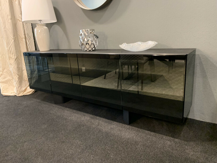 Sideboard BOUTIQUE 03