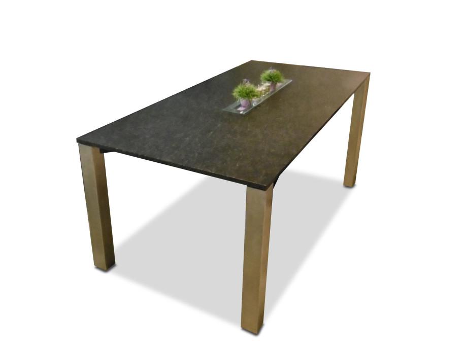 1535660411-essen-auszugtisch-zumsteg-alessio.jpg